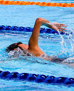 female_swimming