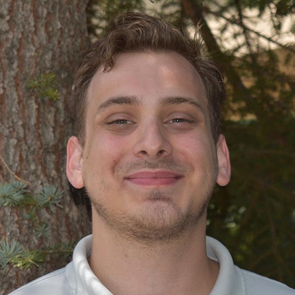 JoNathan Denakis